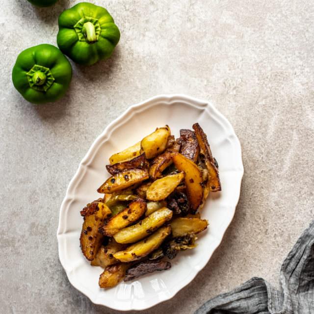Peperoni e patate - ricetta