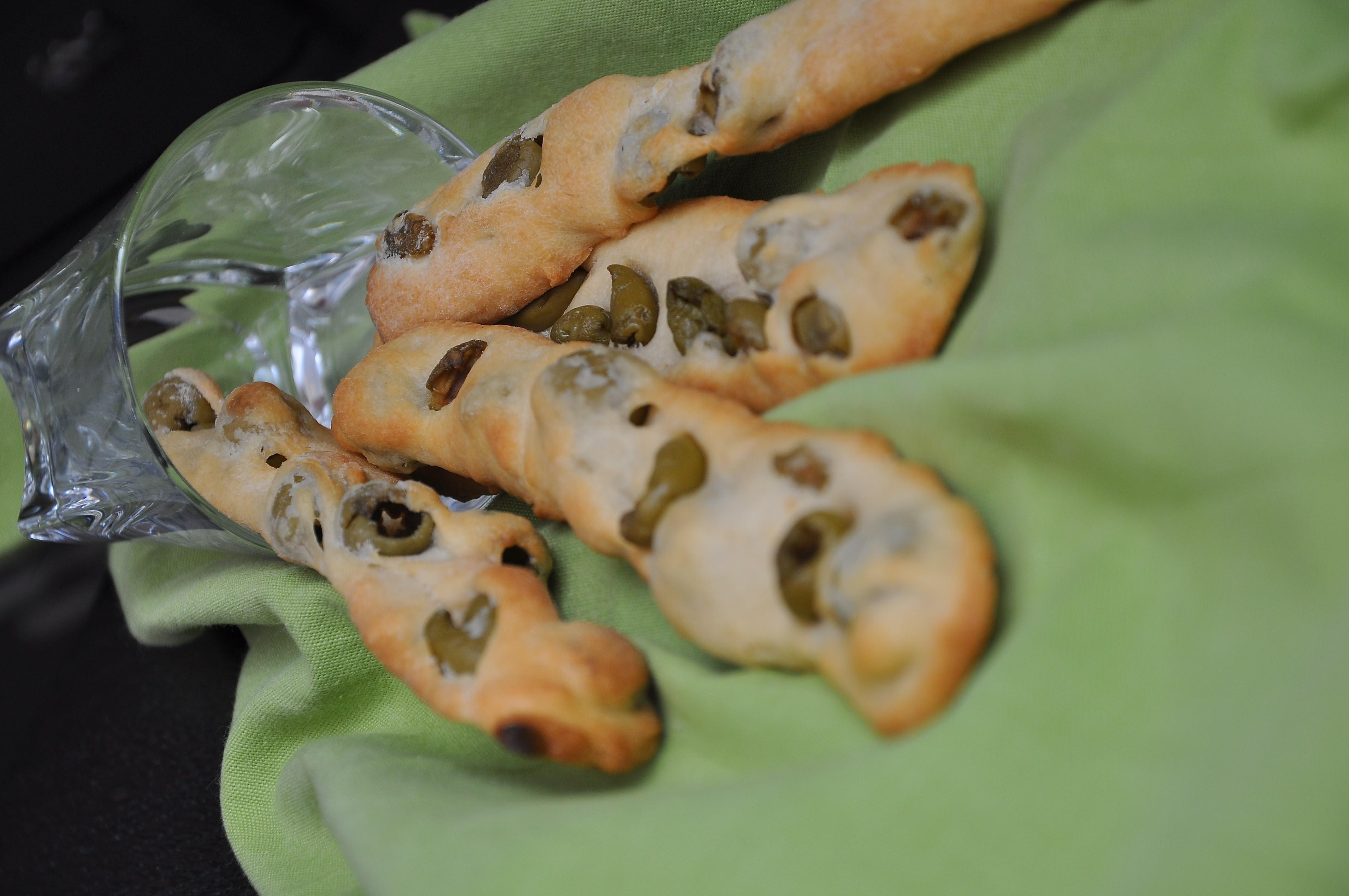 Ricetta Grissini Alle Olive.Grissini Alle Olive Con Pasta Madre Peperoni E Patate