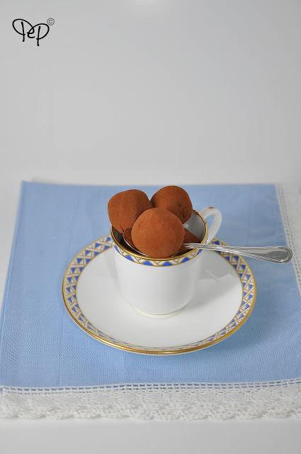 Tartufi-cioccolato-e-amaretto-2