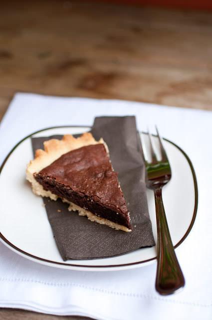 Crostata con ripieno morbido al cioccolato