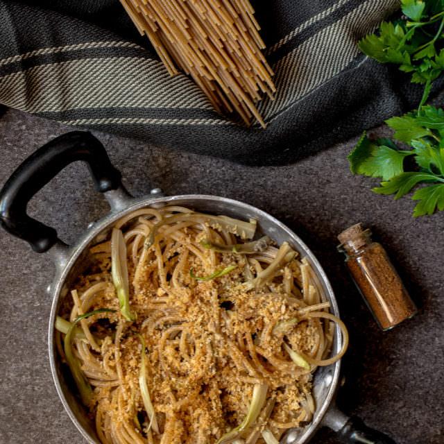 Spaghetti con puntarelle