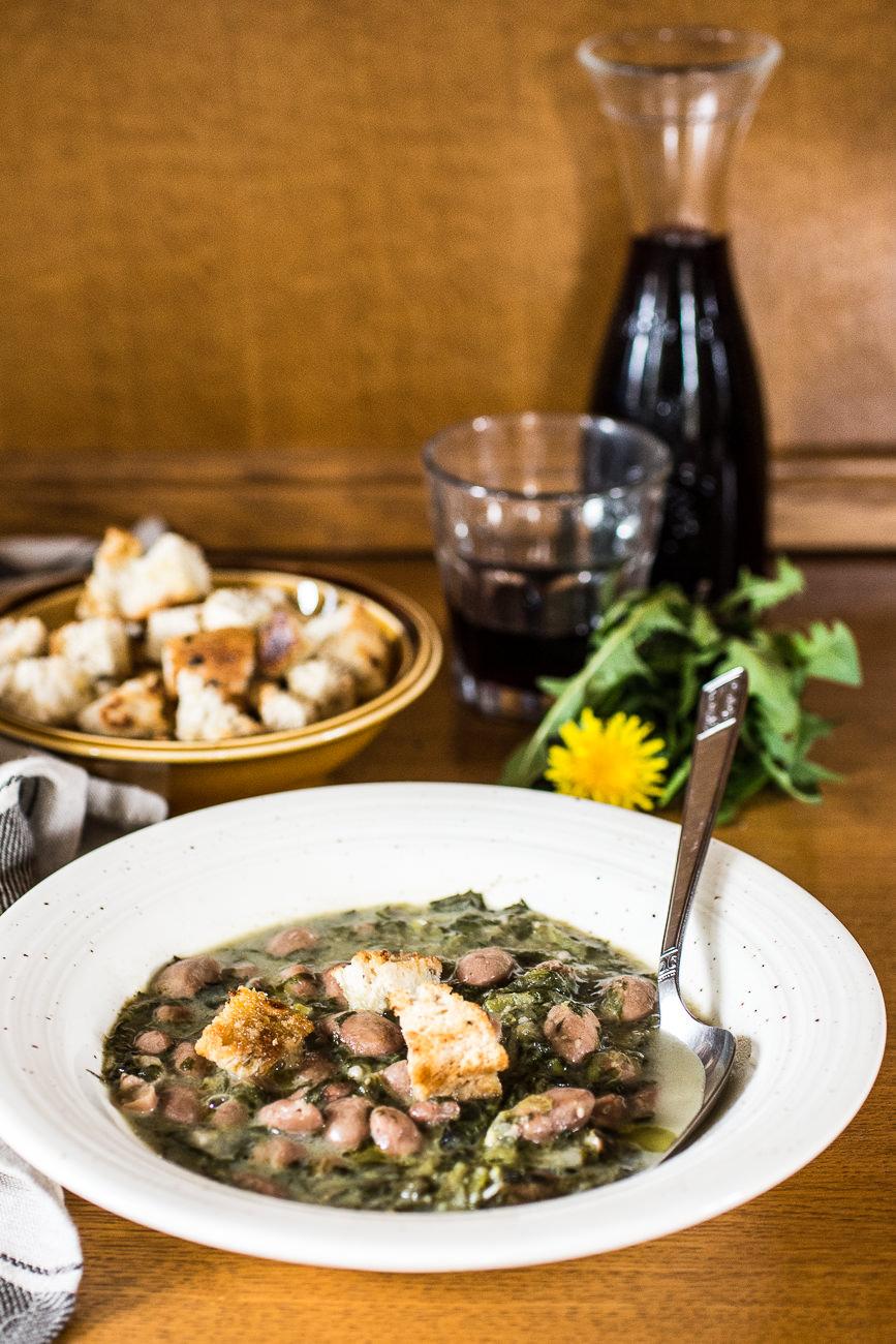 Zuppa di fagioli e tarassaco - ricetta
