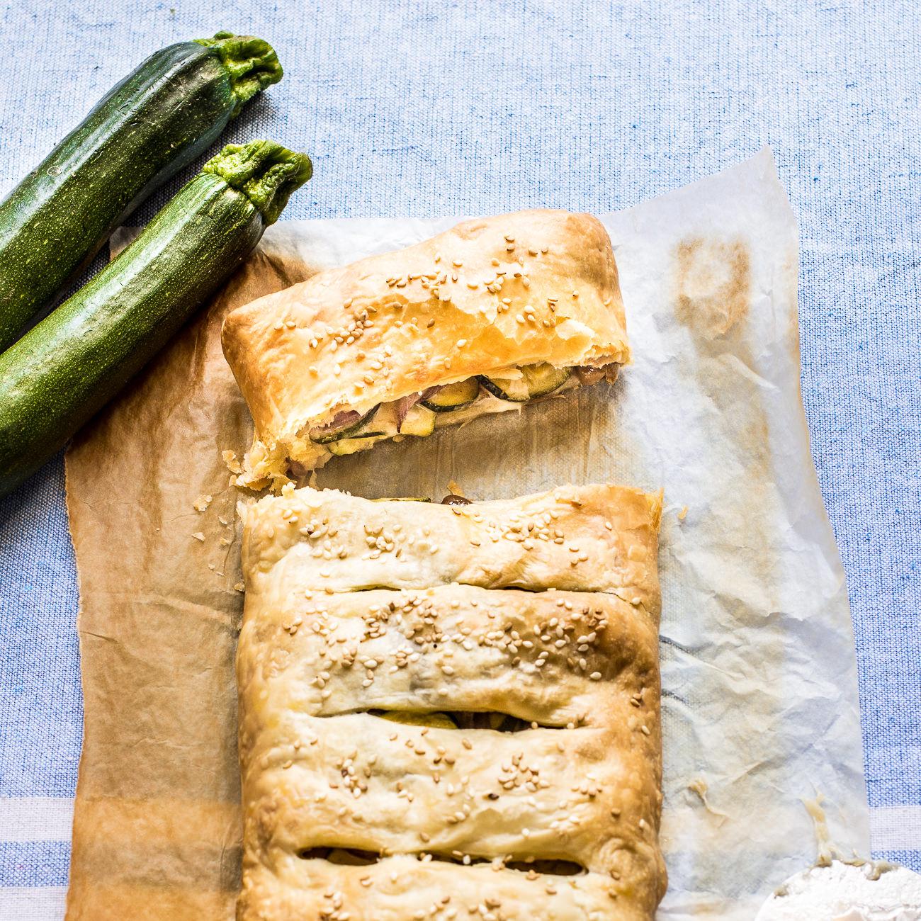 Ricetta - Strudel di zucchine, provola e taggiasche