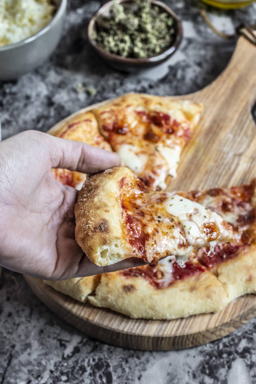 Pizza senza impasto fetta
